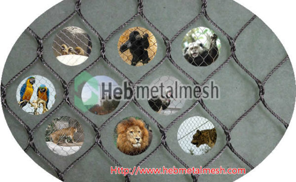 Enclosure for animal, enclosures for animals, animal enclosure mesh netting panels